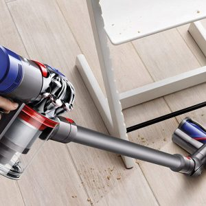 Stick Vacuum Cleaner Bring a new Dyson's V7 Animal Cordless Stick Vacuum home for $210 (Reg. $400)